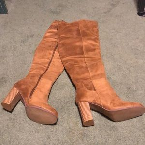 New Faux suede knee hi boots
